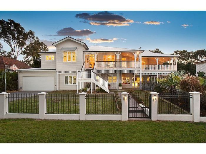 15 Neulans Road, INDOOROOPILLY QLD 4068 - House Sold